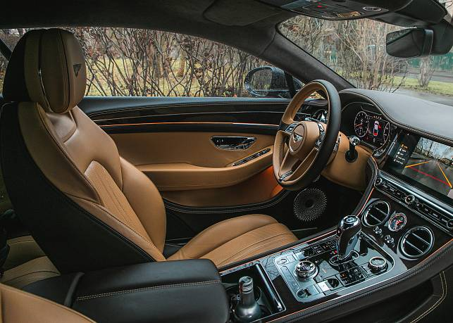 Аренда автомобиля Bentley Continental - фото 2
